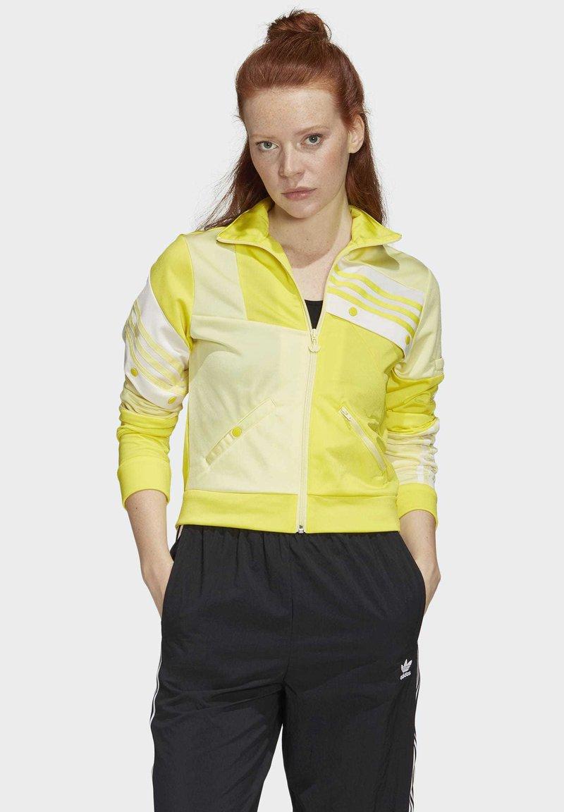 adidas Originals - DANIËLLE CATHARI TRACK TOP - Giacca sportiva - yellow