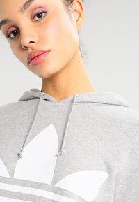 adidas Originals - ADICOLOR TREFOIL HOODIE - Hoodie - grey - 3