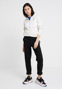 adidas Originals - ZIP HOODIE - Mikina na zip - raw white - 1