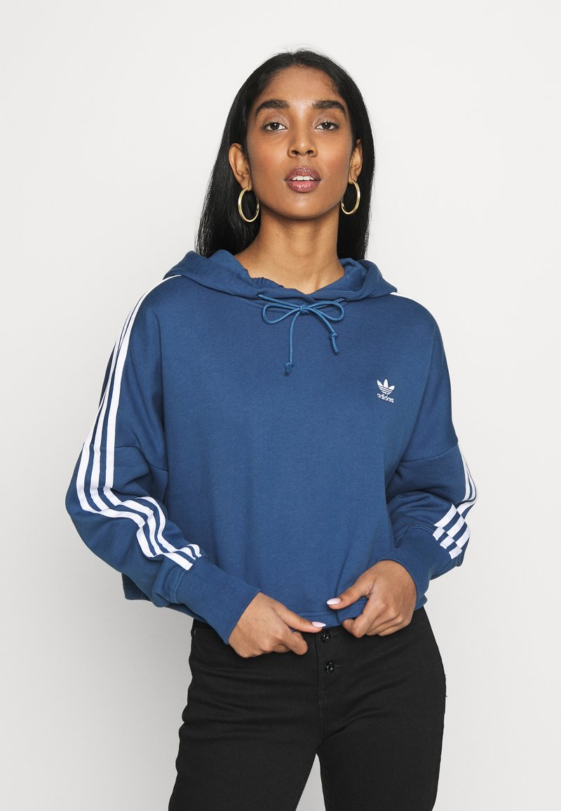 adidas Originals - ADICOLOR CROPPED HODDIE SWEAT - Bluza z kapturem - night marine/white