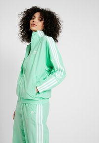 adidas Originals - ADICOLOR SPORT INSPIRED NYLON JACKET - Windbreaker - prism mint/white - 0