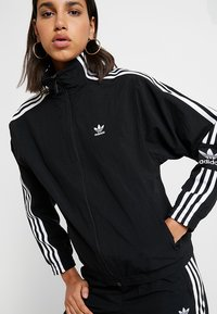 adidas Originals - ADICOLOR SPORT INSPIRED NYLON JACKET - Windbreakers - black - 4