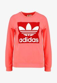 adidas Originals - TREFOIL CREW - Sweatshirt - flash red - 3