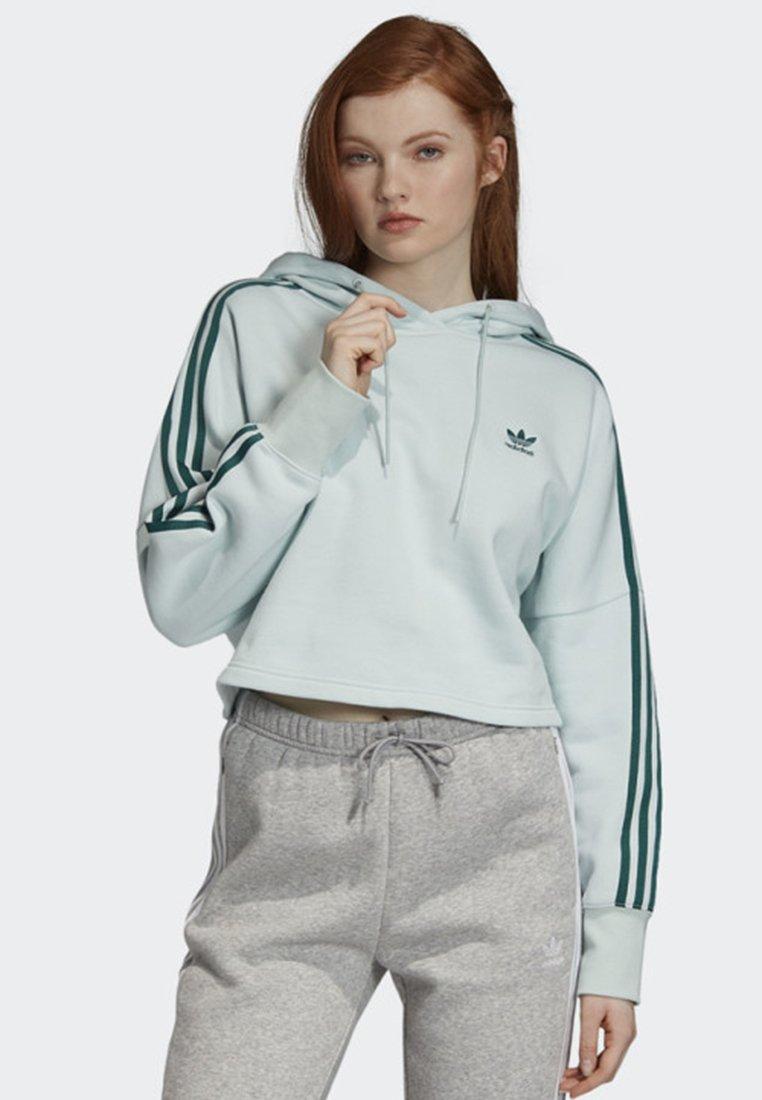 adidas Originals - CROPPED HOODIE - Luvtröja - green