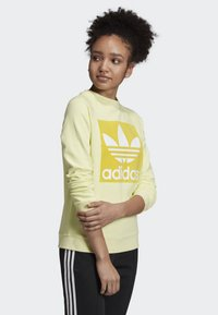 adidas Originals - TREFOIL SWEATSHIRT - Sweatshirt - yellow - 2