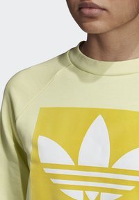 adidas Originals - TREFOIL SWEATSHIRT - Sweatshirt - yellow - 3