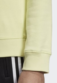 adidas Originals - TREFOIL SWEATSHIRT - Sweatshirt - yellow - 4
