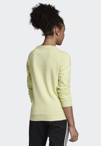 adidas Originals - TREFOIL SWEATSHIRT - Sweatshirt - yellow - 1