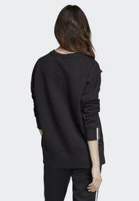 adidas Originals - SWEATSHIRT - Bluza - black - 1
