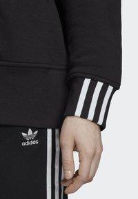 adidas Originals - SWEATSHIRT - Bluza - black - 3