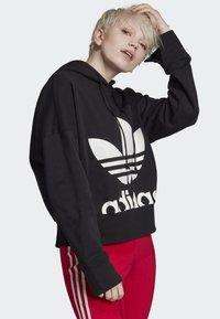 adidas Originals - CROPPED HOODIE - Sweatshirt - black - 3