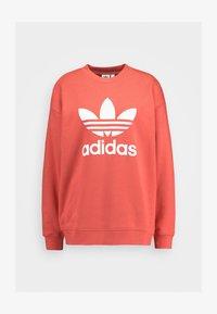 adidas Originals - ADICOLOR TREFOIL LONG SLEEVE PULLOVER - Sweatshirt - trace scarlet/white - 4