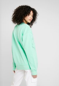 adidas Originals - ADICOLOR TREFOIL LONG SLEEVE - Sweatshirt - prism mint/white - 2