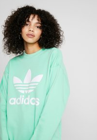adidas Originals - ADICOLOR TREFOIL LONG SLEEVE - Sweatshirt - prism mint/white - 3