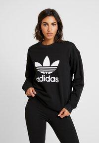 adidas Originals - ADICOLOR TREFOIL LONG SLEEVE PULLOVER - Sweater - black/white - 0