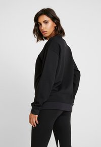 adidas Originals - ADICOLOR TREFOIL LONG SLEEVE PULLOVER - Sudadera - black/white - 2