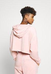 adidas Originals - CROPPED - Jersey con capucha - pink spirit - 2
