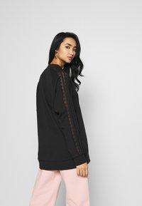 adidas Originals - BELLISTA TREFOIL LACE LONG SLEEVE PULLOVER - Sweatshirt - black - 2