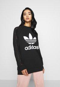 adidas Originals - BELLISTA TREFOIL LACE LONG SLEEVE PULLOVER - Sweatshirt - black - 0