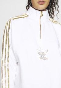 adidas Originals - TREFOIL QUARTER ZIP LONG SLEEVE PULLOVER - Bluza - white - 4