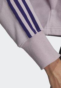 adidas Originals - CROPPED HOODIE - Luvtröja - purple - 4