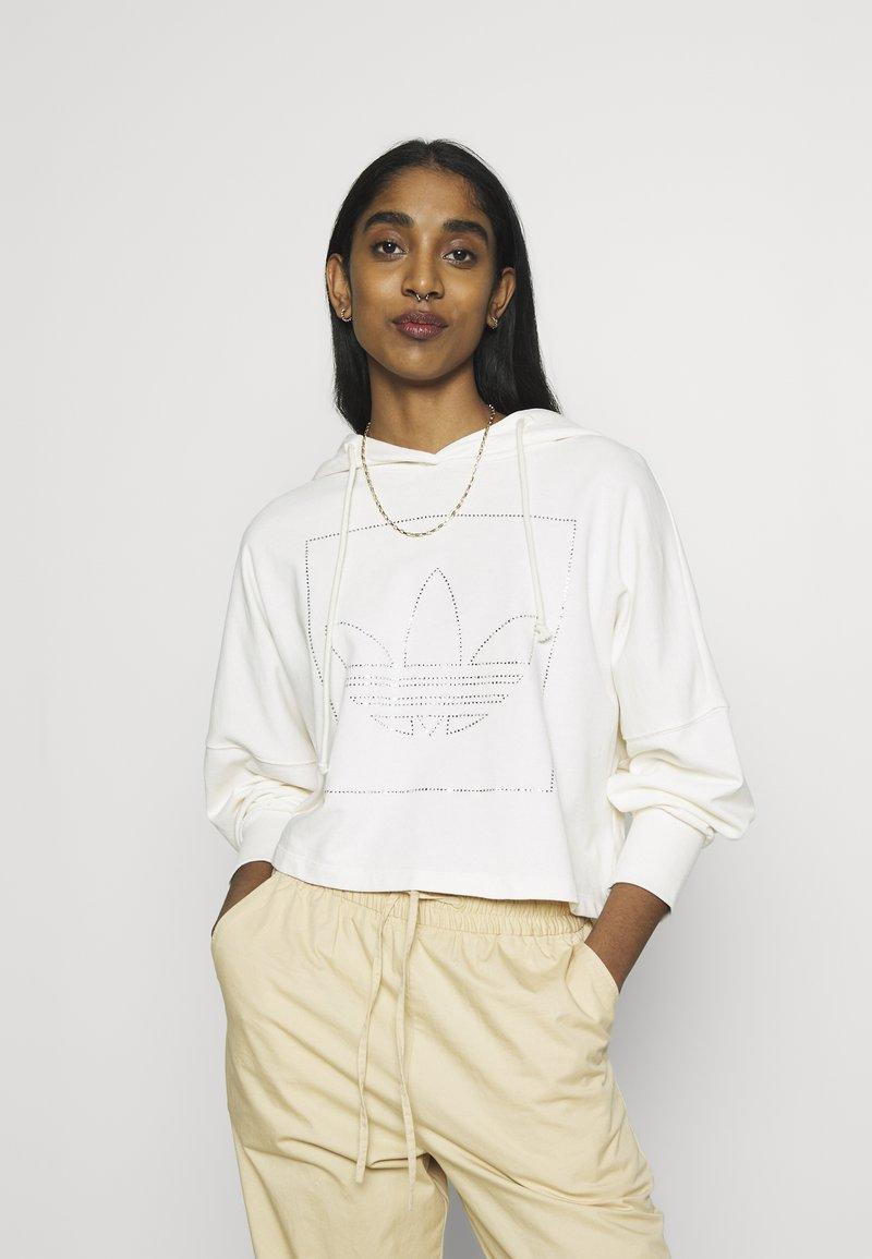 adidas Originals - CROP HOODIE - Bluza z kapturem - chalk white