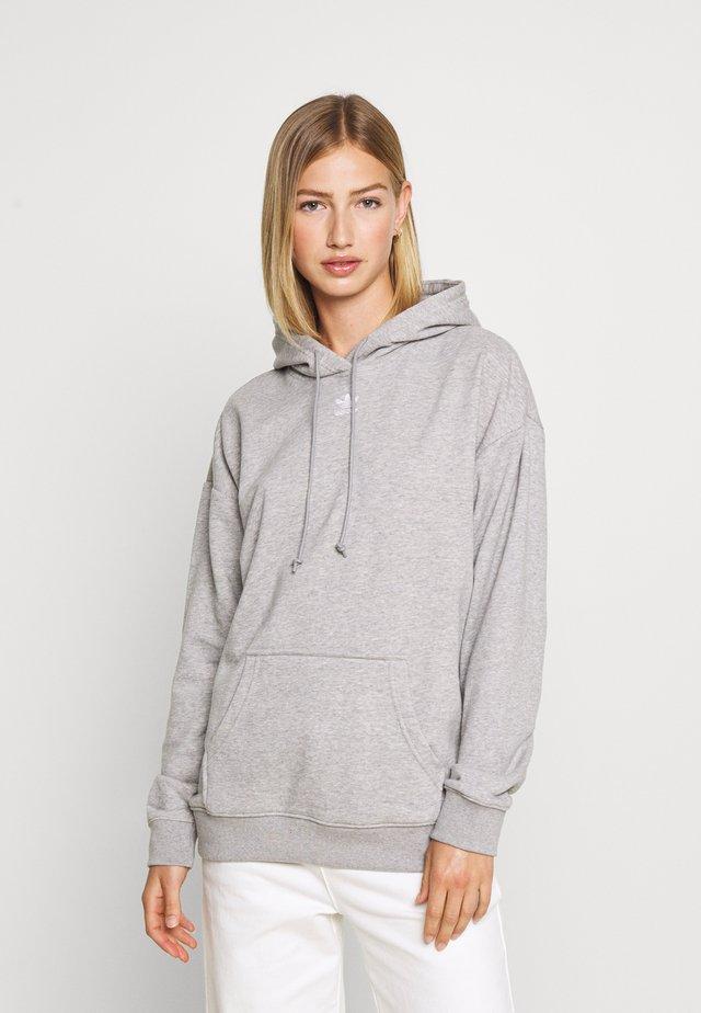 TREFOIL ESSENTIALS HOODED - Bluza z kapturem - medium grey heather