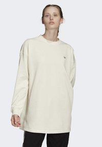 adidas Originals - SWEATSHIRT - Sweatshirt - white - 0