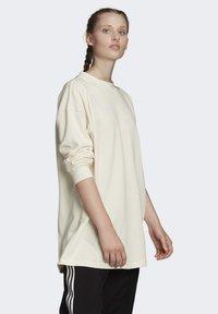 adidas Originals - SWEATSHIRT - Sweatshirt - white - 2