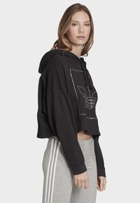 adidas Originals - CROPPED HOODIE - Bluza z kapturem - black - 2