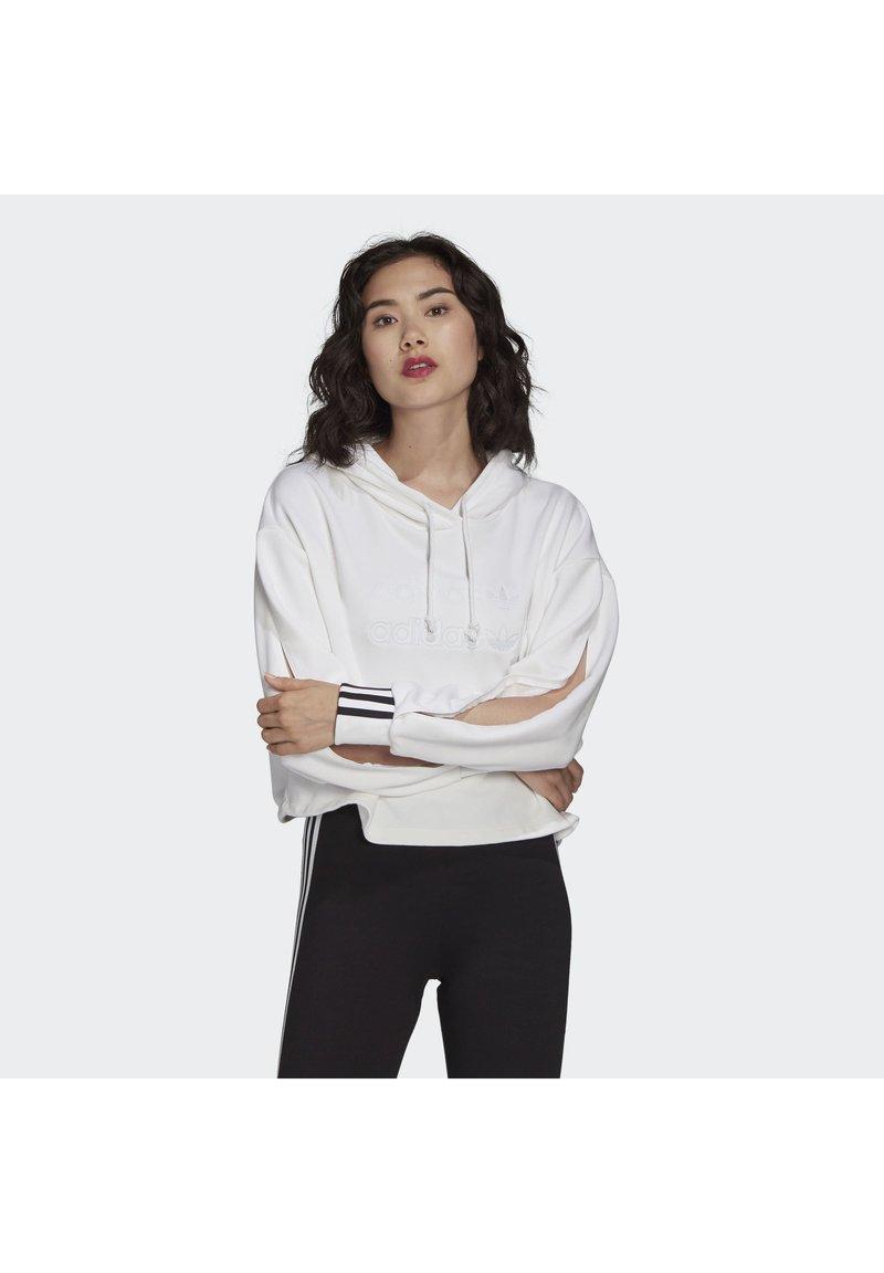 adidas Originals - CROPPED HOODIE - Hoodie - white