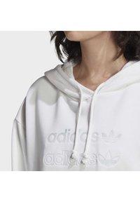 adidas Originals - CROPPED HOODIE - Hoodie - white - 5