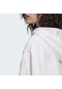 adidas Originals - CROPPED HOODIE - Hoodie - white - 4