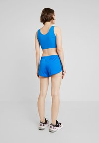 adidas Originals - Shorts - bluebird - 2