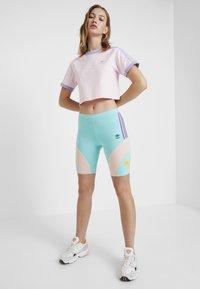 adidas Originals - CYCLING - Shorts - easy mint - 1