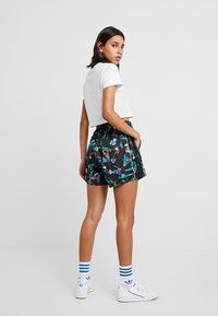 adidas Originals - Shorts - multicolor - 2