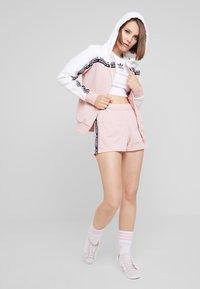 adidas Originals - TAPE - Shorts - pink spirit - 1