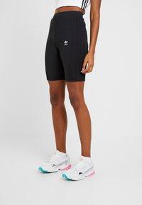 adidas Originals - CYCLING SHORTS - Shorts - black - 0