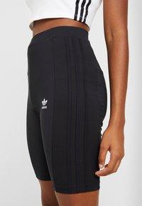 adidas Originals - CYCLING SHORTS - Shorts - black - 4
