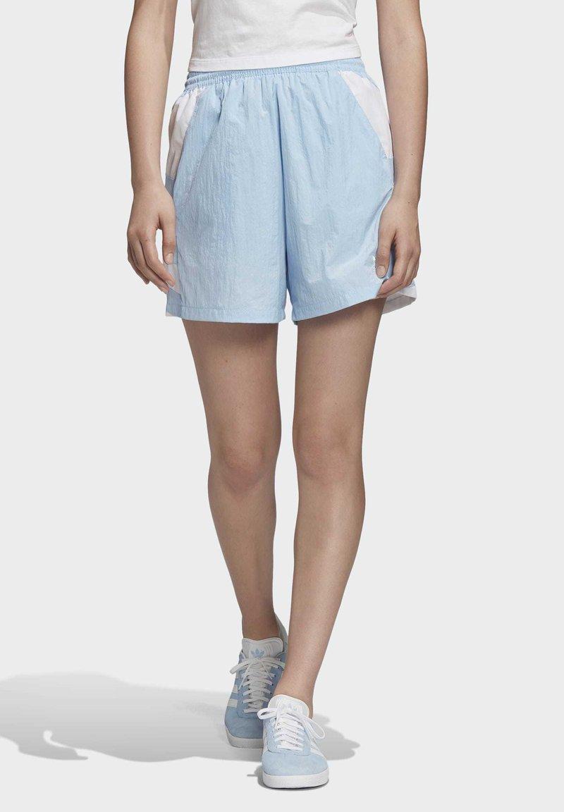 adidas Originals - LARGE LOGO SHORTS - Shorts - blue