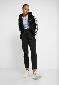 adidas Originals - SLIM JACKET - Veste d'hiver - black - 1