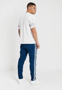 adidas Originals - BECKENBAUER - Jogginghose - legmar - 2