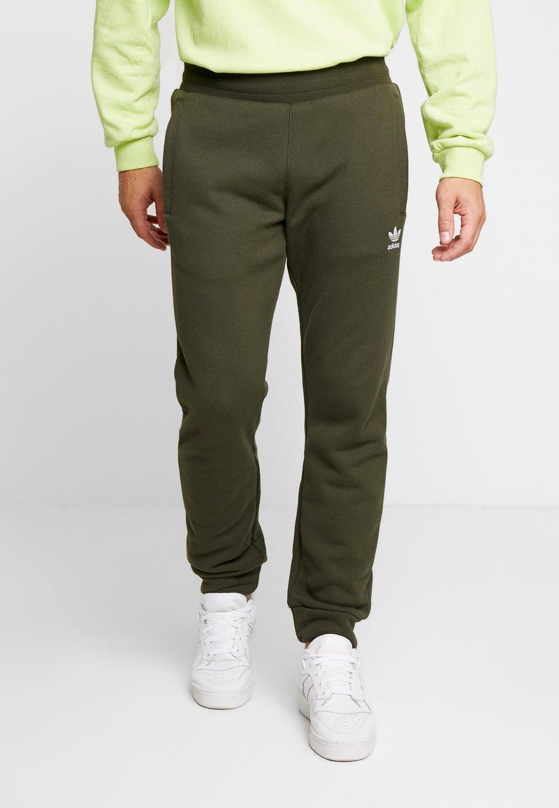 adidas Originals - ADICOLOR REGULAR TRACK PANTS - Verryttelyhousut - night cargo