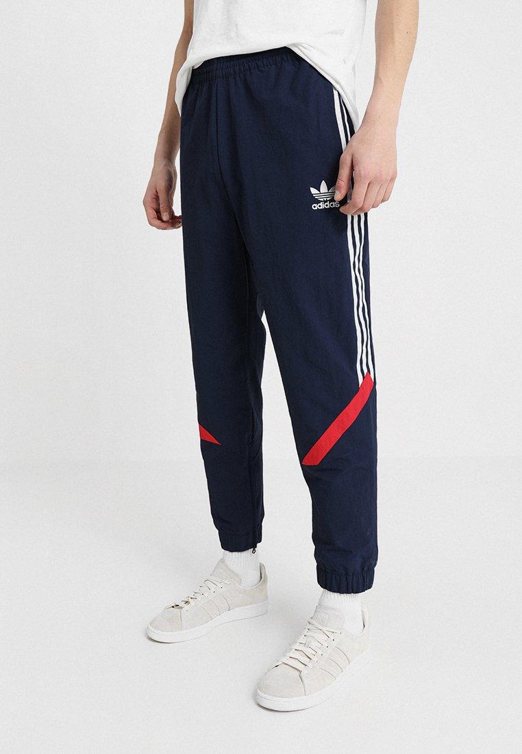 adidas Originals - SPORTIVE - Pantaloni sportivi - conavy