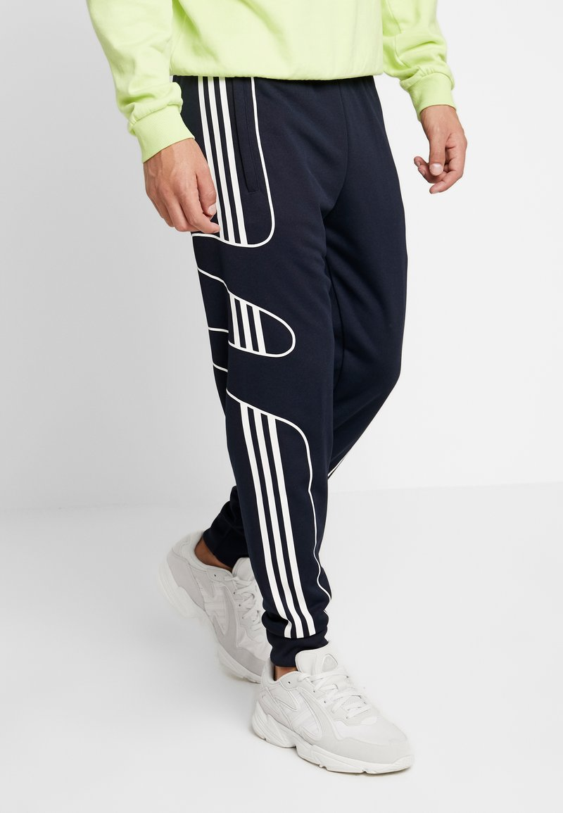 adidas Originals - OUTLINE STRIKE REGULAR TRACK PANTS - Pantaloni sportivi - legend ink
