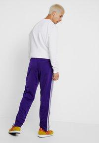 adidas Originals - FIREBIRD  - Joggebukse - collegiate purple - 2