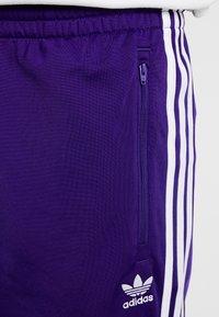 adidas Originals - FIREBIRD  - Joggebukse - collegiate purple - 5