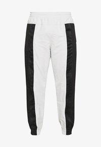 adidas Originals - Verryttelyhousut - black - 4
