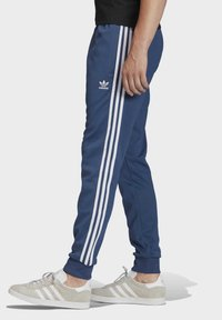 adidas Originals - TRACKSUIT BOTTOM - Tracksuit bottoms - blue - 2