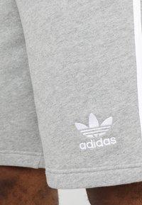 adidas Originals - 3-STRIPE - Pantaloni sportivi - medium grey heather - 5